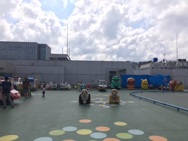 札幌東急百貨店屋上の遊び場