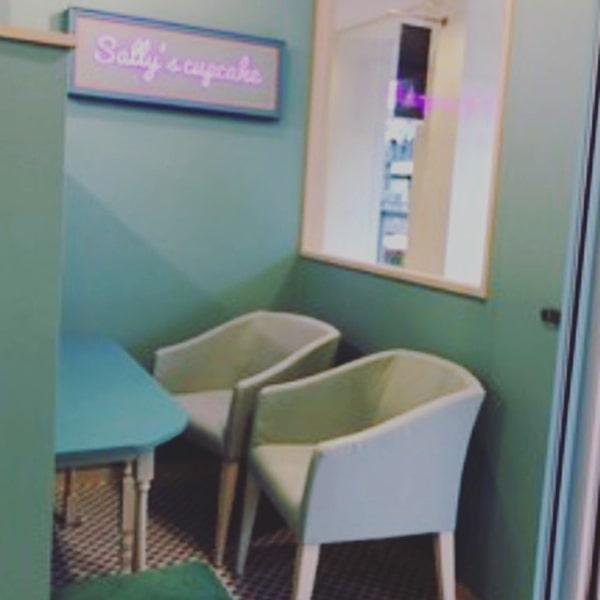 サッポロファクトリーのサリーズカップケーキ店内